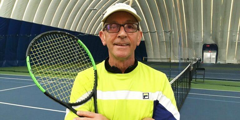 Tennis pro Dennis