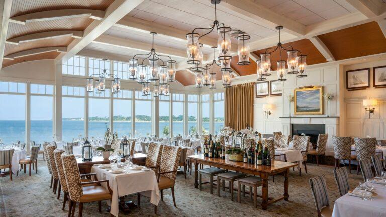 overview of restaurant Wequassett